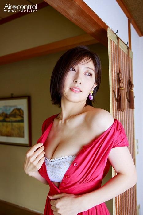熊田曜子のイメージDVD『Sexual Soulmate』エロ画像003