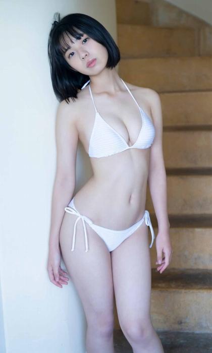 菊地姫奈の水着グラビアエロ画像012