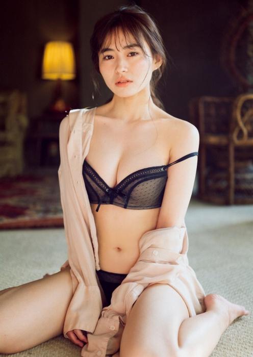 桜田茉央の週プレ水着グラビアエロ画像008