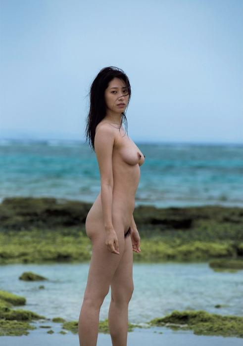 染谷有香のヘアヌード写真集先行カットグラビアエロ画像004