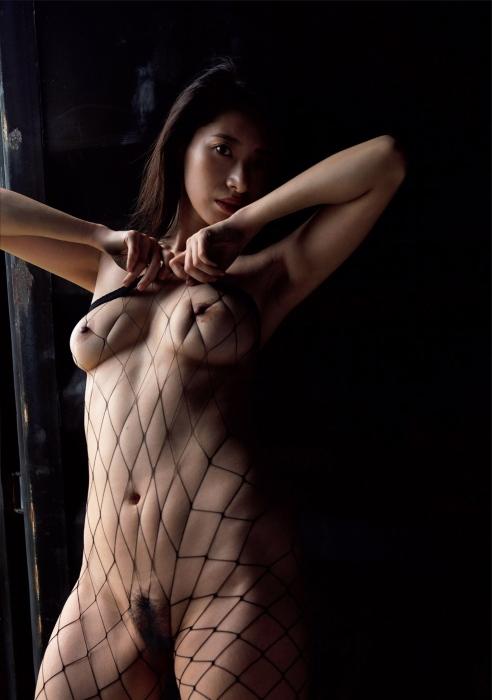 染谷有香のヘアヌード写真集先行カットグラビアエロ画像006