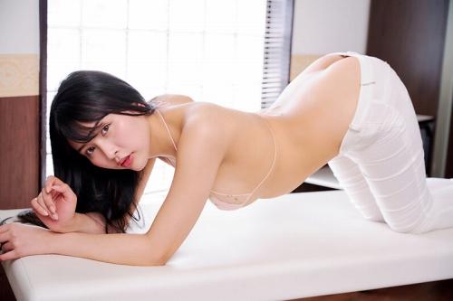 橋本ひかりの卑猥なイメージDVDエロ画像004