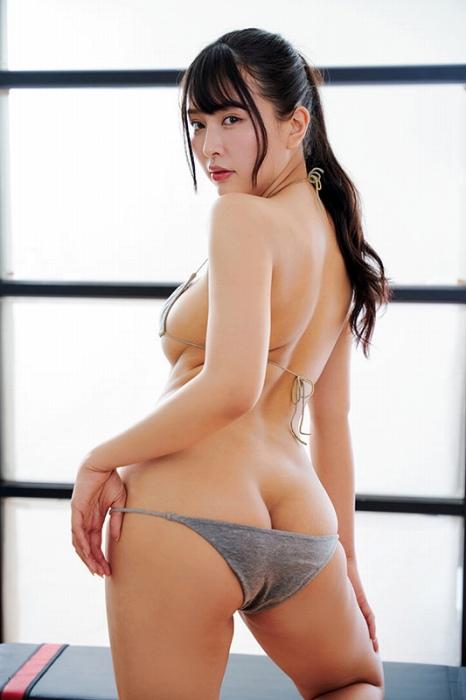 橋本ひかりの卑猥なイメージDVDエロ画像007