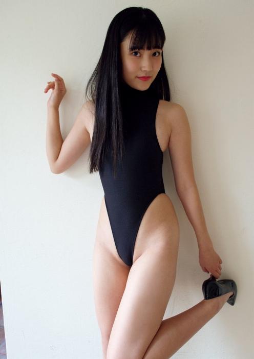林田百加のハイレグ水着グラビアエロ画像007