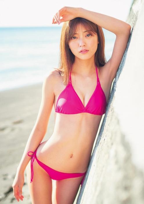 工藤美桜の美くびれ水着グラビアエロ画像003