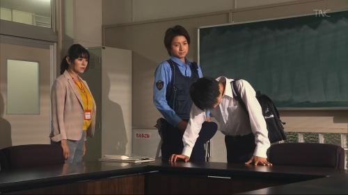真木よう子の『青のSP』着衣おっぱいエロ画像008