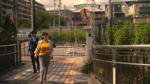 真木よう子の『青のSP』着衣おっぱいエロ画像010