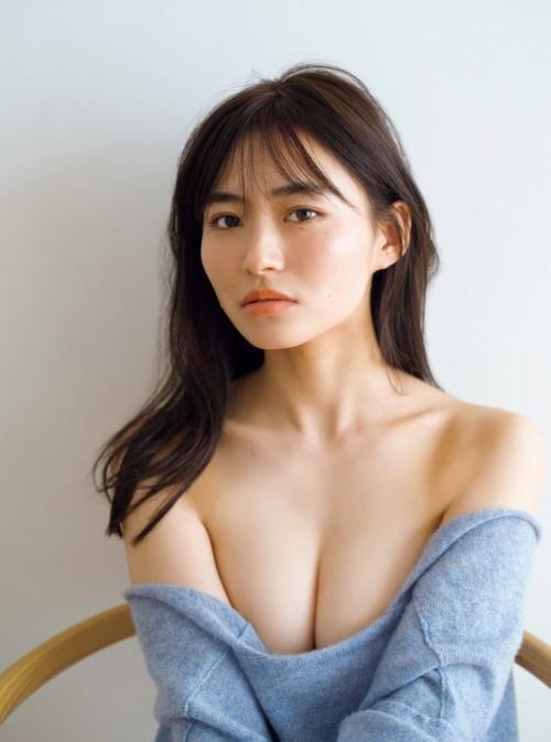 桜田茉央のFカップの水着グラビアエロ画像008