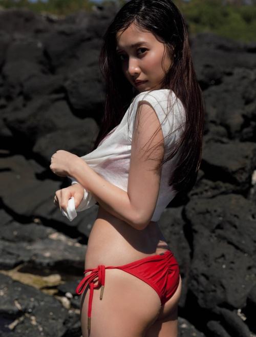 佐野ひなこの写真集『Color』のアザーカットの水着グラビアエロ画像003