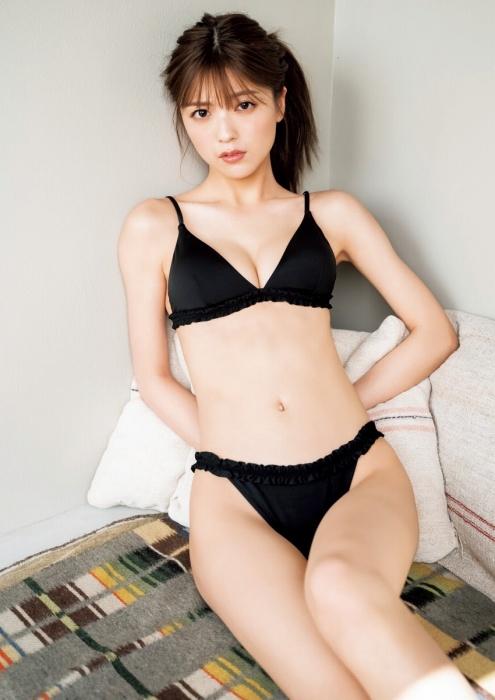 工藤美桜のセクシーカット水着グラビアエロ画像007