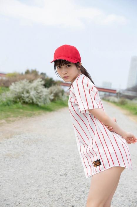 黒嵜菜々子のスク水グラビアエロ画像003