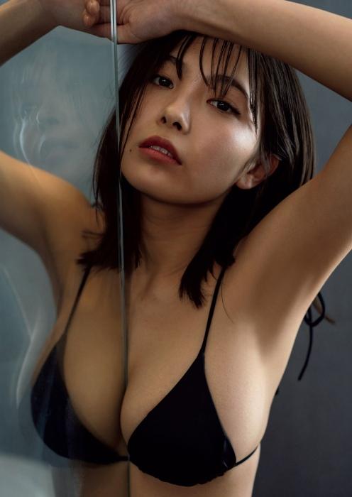 寺本莉緒の『週プレ』水着グラビアエロ画像007