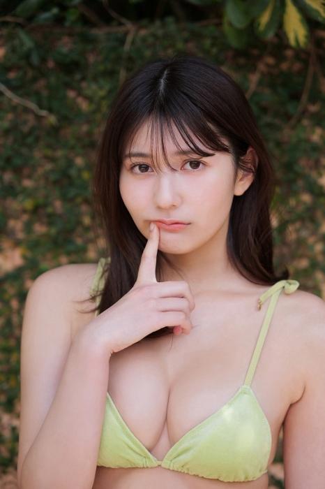 沢口愛華、豊田ルナ、新井遥の合同水着グラビアエロ画像005