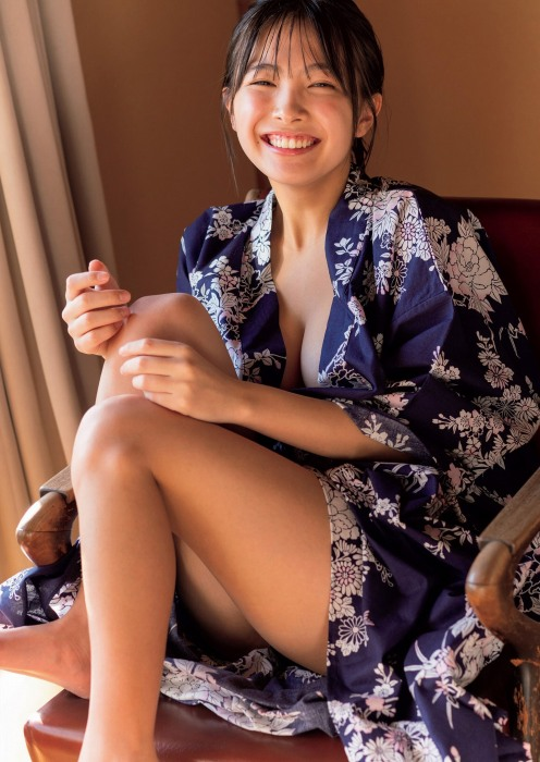 寺本莉緒の大人セクシーなグラビアエロ画像004