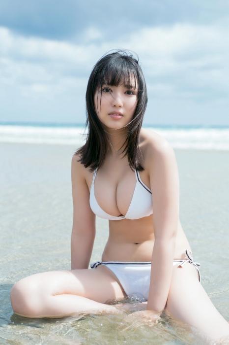 沢口愛華の水着グラビアエロ画像008