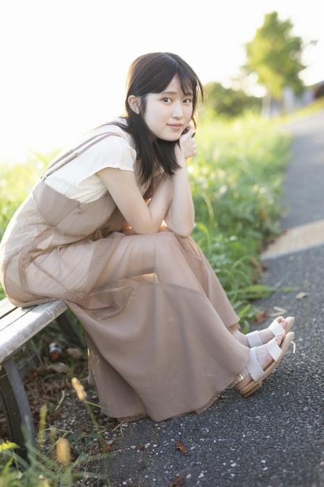 福本莉子のセクシーグラビアエロ画像013