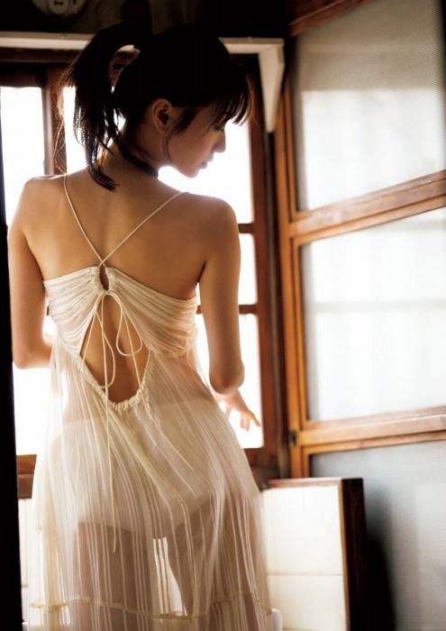 松本まりかのあざとセクシーグラビアエロ画像010