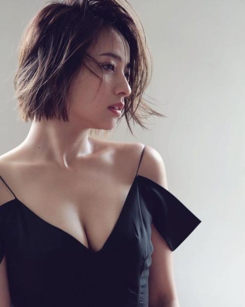水崎綾女のSNS写真エロ画像007