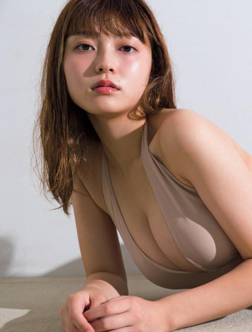 櫻井音乃の巨乳水着グラビアエロ画像006