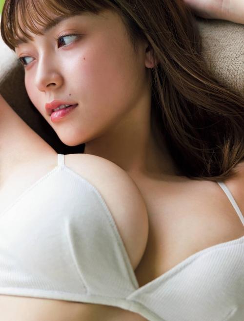 櫻井音乃の巨乳水着グラビアエロ画像007