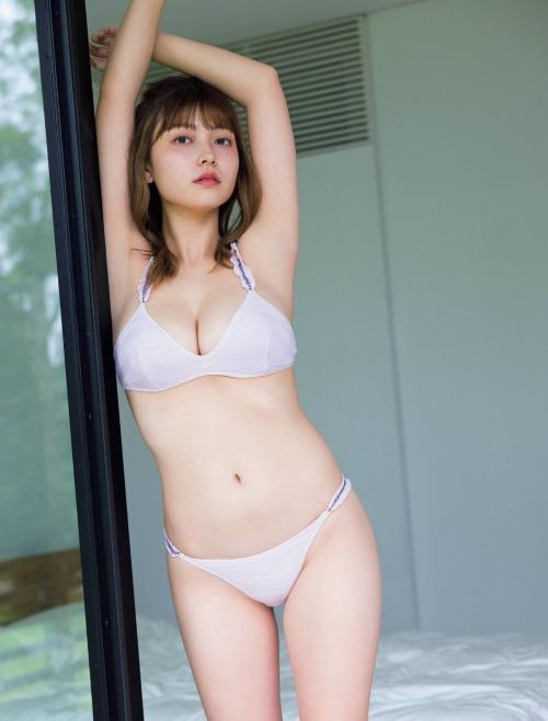櫻井音乃の巨乳水着グラビアエロ画像008