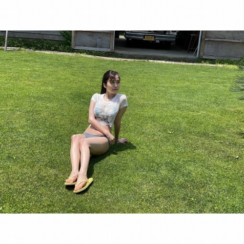 花巻杏奈のSNS写真エロ画像003