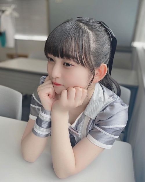 佐山すずかのSNS写真エロ画像013