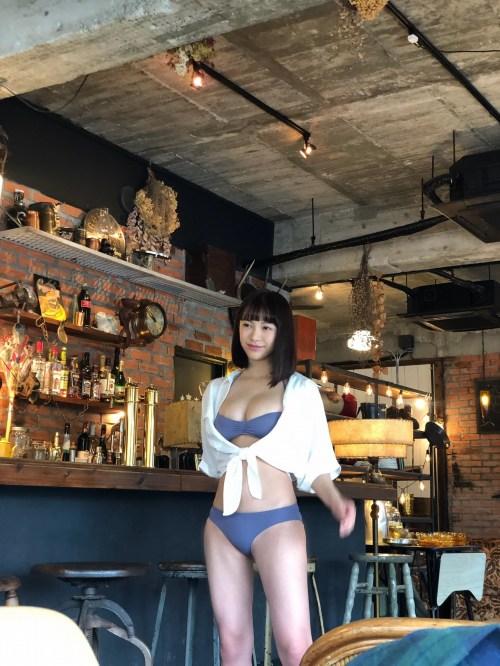 鈴木聖のSNSセクシー写真エロ画像002
