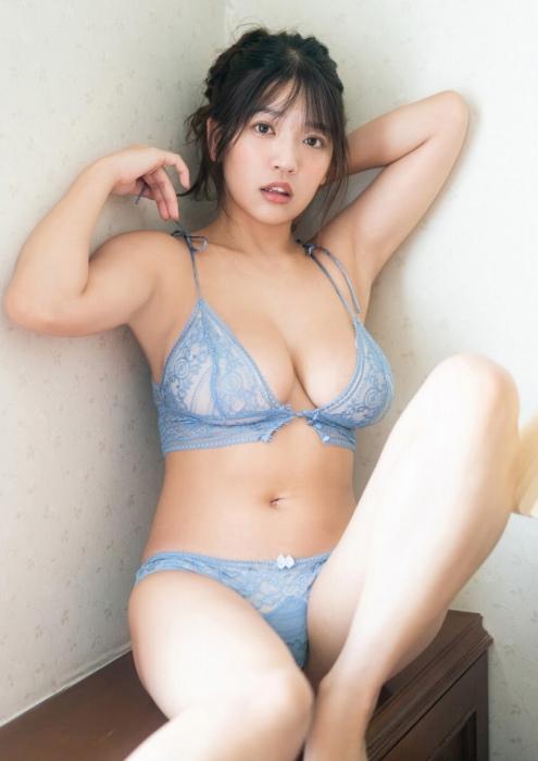 藤乃あおいの爆乳水着グラビアエロ画像011