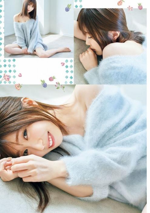 日高里菜の胸チラセクシーグラビアエロ画像006