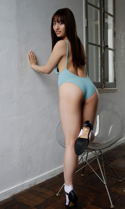 大和田南那のセクシーグラビアエロ 画像013