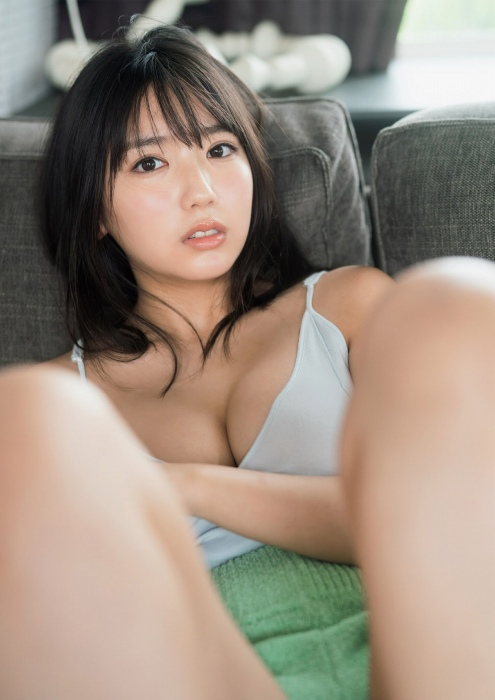 沢口愛華のセクシー水着グラビアエロ画像008