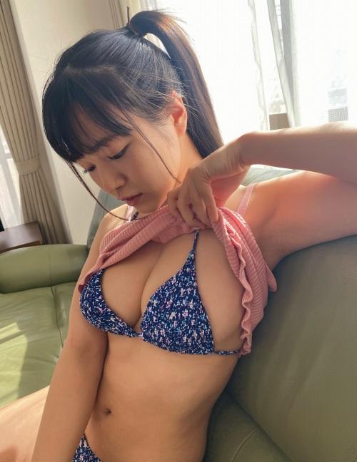 東雲うみのセクシーグラビアエロ画像008