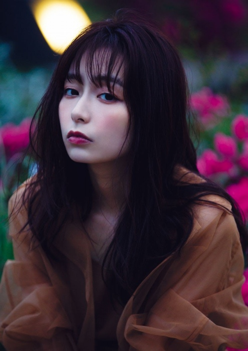 宇垣美里のセクシーグラビアエロ画像015