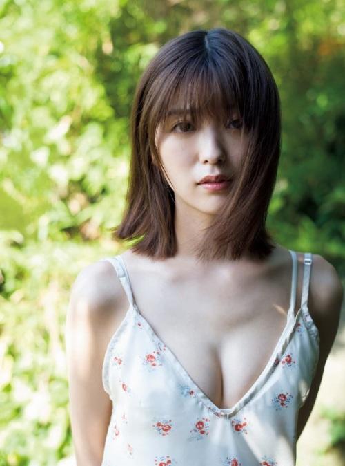 工藤美桜の色気溢れるセクシーグラビアエロ画像007