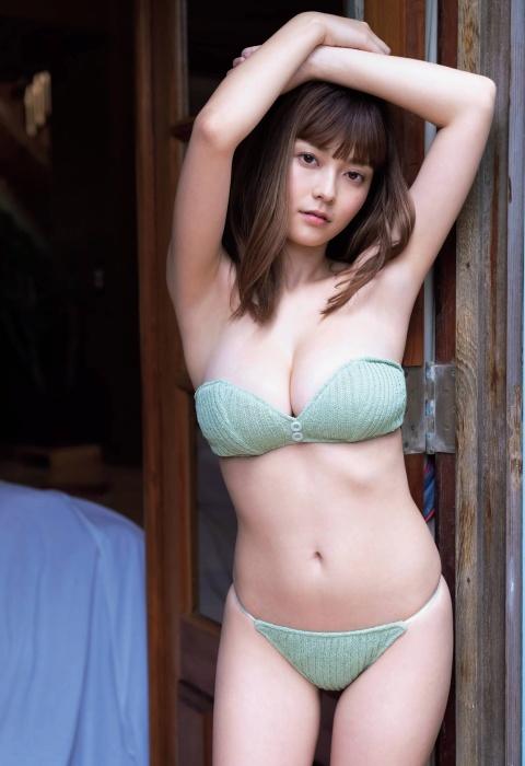 櫻井音乃の水着グラビアエロ画像003