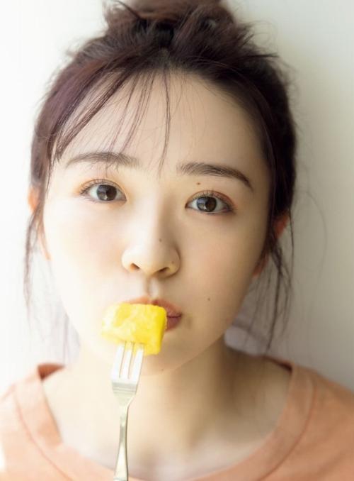 渡辺みり愛のファースト写真集先行カットグラビアエロ画像006