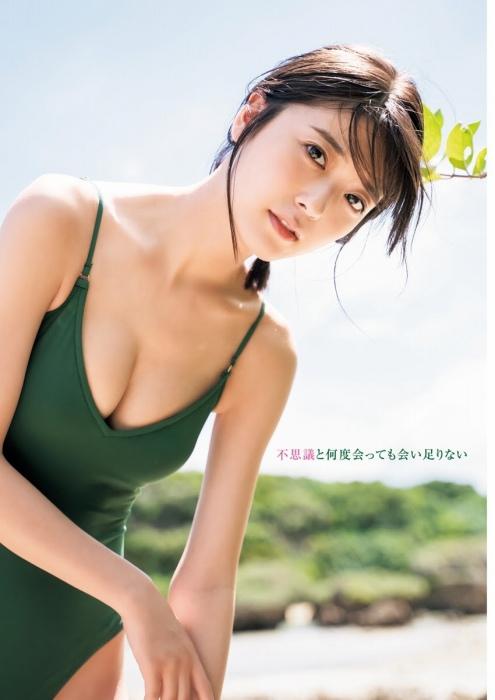 工藤美桜のスレンダー美ボディ水着グラビアエロ画像002