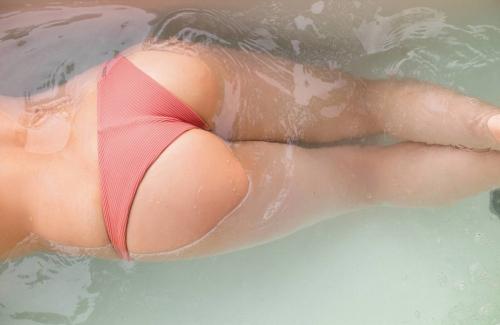 大和田南那の写真集グラビアエロ画像007