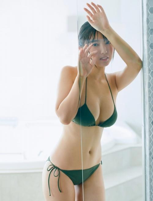 沢口愛華の水着グラビアエロ画像012