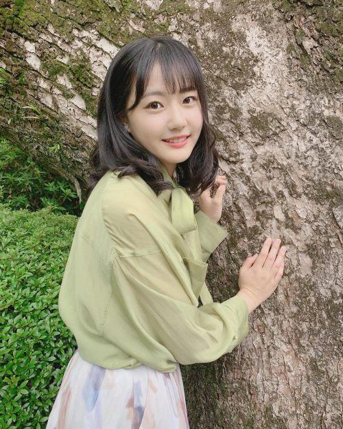 瀧野由美子のSNS写真エロ画像019