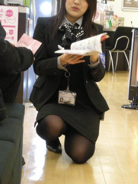 【盗撮】働く女は危険が多い★ワーキング女子のパンチラエロ画像 m9(`・ω・´)・21枚目の画像