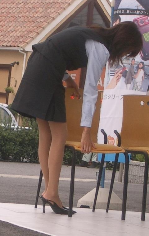 【盗撮】働く女は危険が多い★ワーキング女子のパンチラエロ画像 m9(`・ω・´)・8枚目の画像
