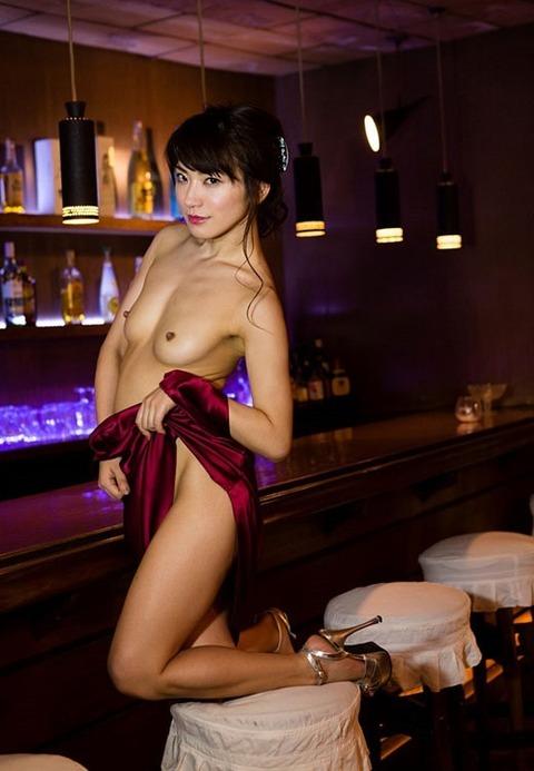 俺より5倍はエロい元レースクイーンスレンダー美女★香西咲エロ画像(`・ω・´)・31枚目の画像