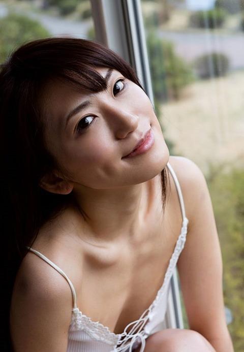 俺より5倍はエロい元レースクイーンスレンダー美女★香西咲エロ画像(`・ω・´)・2枚目の画像