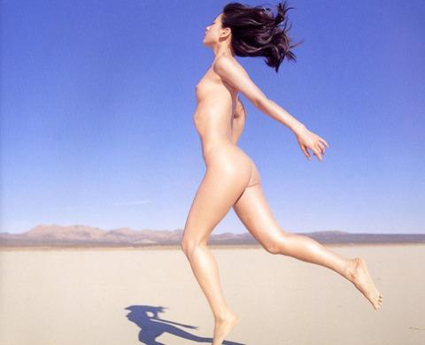 裕木奈江のフルヌード画像★生乳首と懐かしの超かわな画像。がしかし…抜けるとは言い切れないwww・34枚目の画像