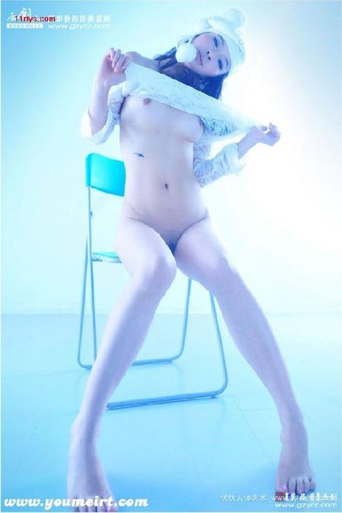 中国人画像★ヌードはエロいんだが、撮られ慣れしてなさ過ぎでワロタwwww・6枚目の画像