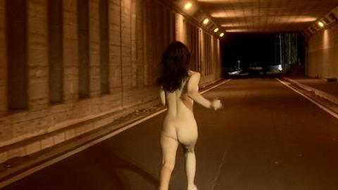 岩佐真悠子の正面から見た本物のおっぱい見たことある?岩佐真悠子フルヌード・セックスシーン・セミヌード画像・7枚目の画像