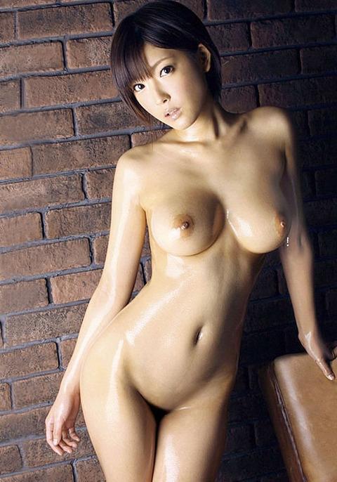 小倉ゆずの強烈な乳とパイパンの股間が無性に見たくなったのでwwww★小倉ゆずエロ画像・1枚目の画像