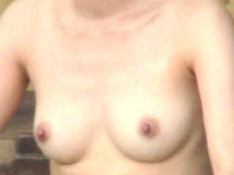 盗撮でしか見れない露天風呂の素の入浴wwww★素人盗撮エロ画像・37枚目の画像